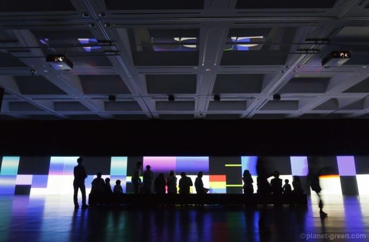 カールステン・ニコライ氏 unidisplay | 札幌国際芸術祭2014 芸術の森美術館にて