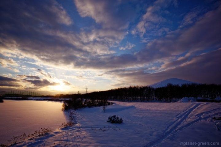 冬のモエレ沼公園の夕日