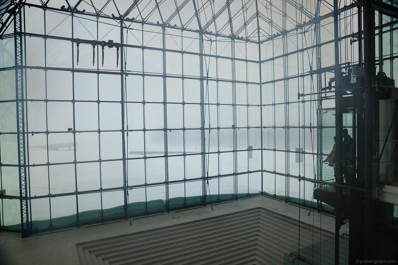 モエレ沼公園・ガラスのピラミッド Sapporo Moerenuma Park Glass Pyramid