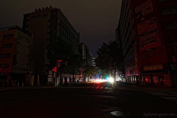 北海道地震に伴う大停電の夜/すすきのストリート