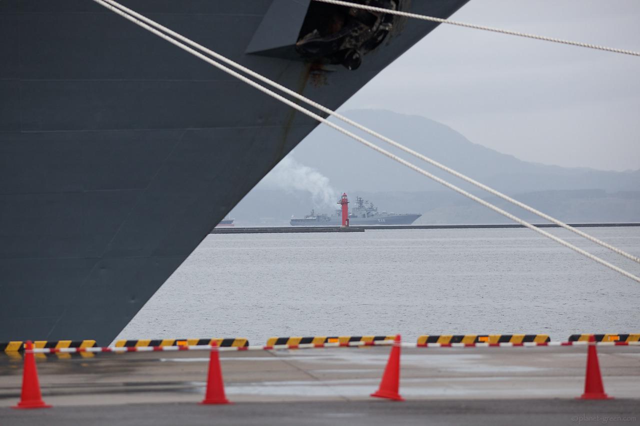 巡洋艦ヴァリャーグの僚艦・大型対潜艦アドミラル・パンテレーエフ