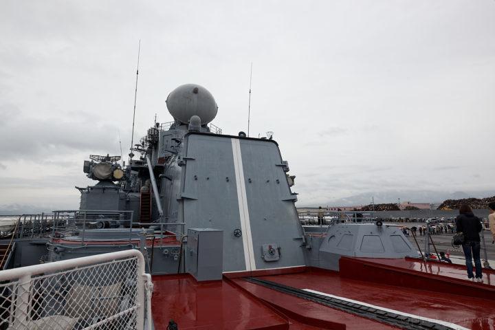ロシア海軍ミサイル巡洋艦ヴァリャーグ(Варяг)の後部格納庫